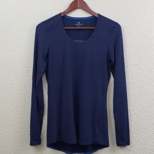 Athleta scoop neck long sleeve shirt size small